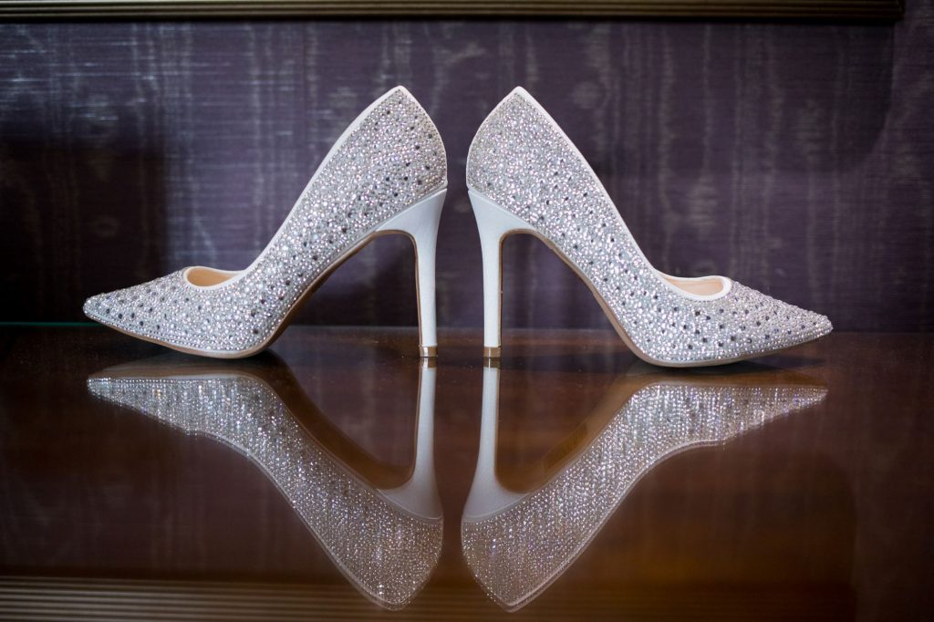 brides shoes sir christopher wren hotel windsor oxford wedding photographers