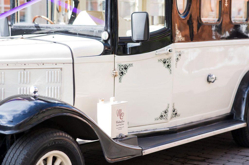 bridal cars painted coachworrk windsor oxford wedding photographers