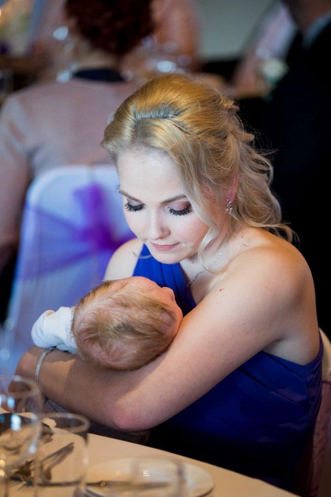 bridesmaid cradles baby york club wedding breakfast windsor great park berkshire oxford wedding photographers