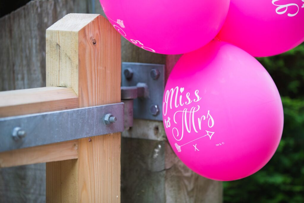 brides balloons bridal preparation streatley oxfordshire wedding photographer