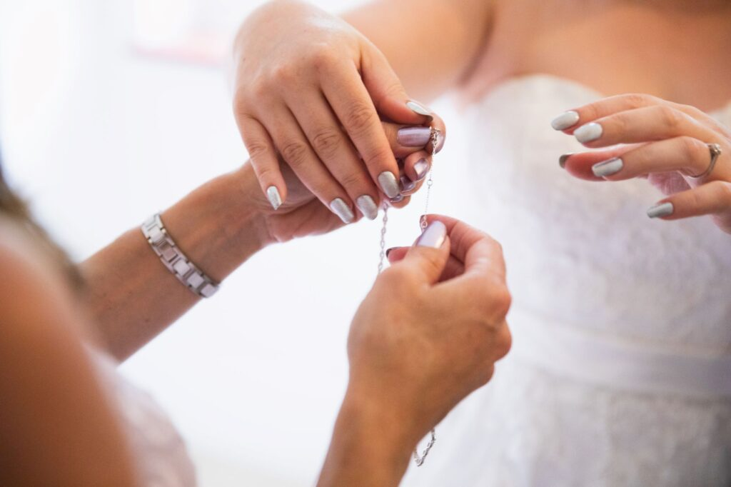 brides necklace bridal prep streatley oxfordshire wedding photography