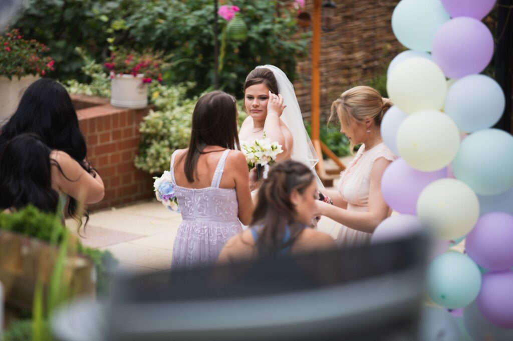 bride bridesmaids balloons bridal prep streatley oxfordshire wedding photographers