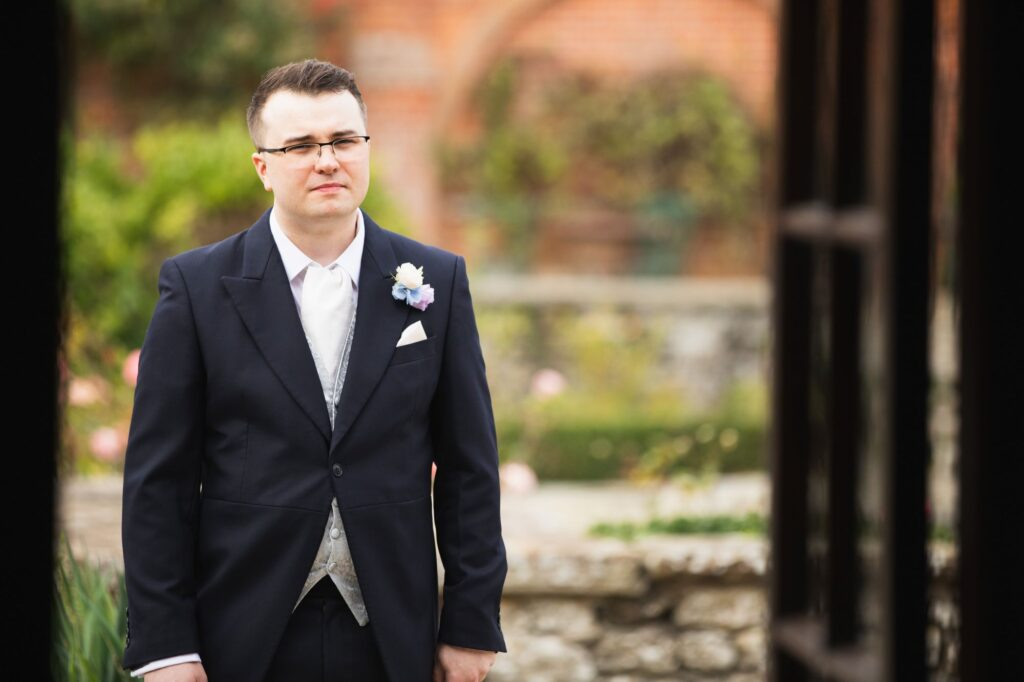 groom milton hill house steventon oxfordshire wedding photographers