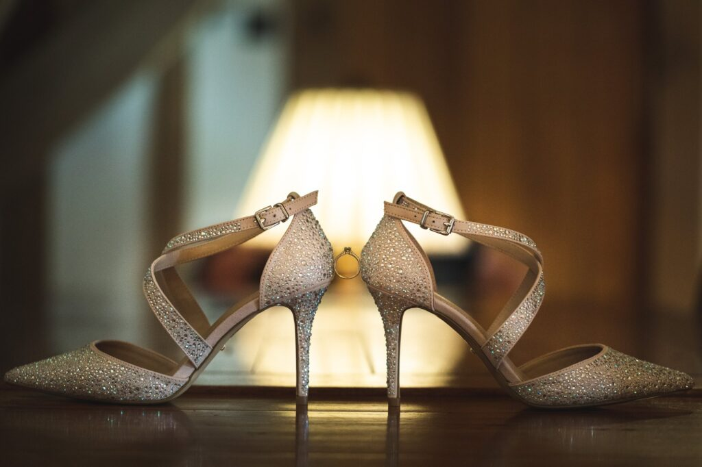 brides ring shoes cain manor hampshire surrey borders oxford wedding photographer