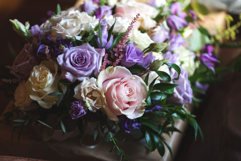 brides bouquet bridal prep cain manor venue surrey hampshire borders oxfordshire wedding photographer