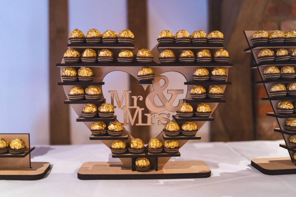 mr mrs chocolate stand cain manor venue surrey oxford wedding photographer
