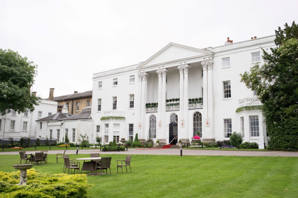 de vere beaumont hotel windsor frontage oxford wedding photographers