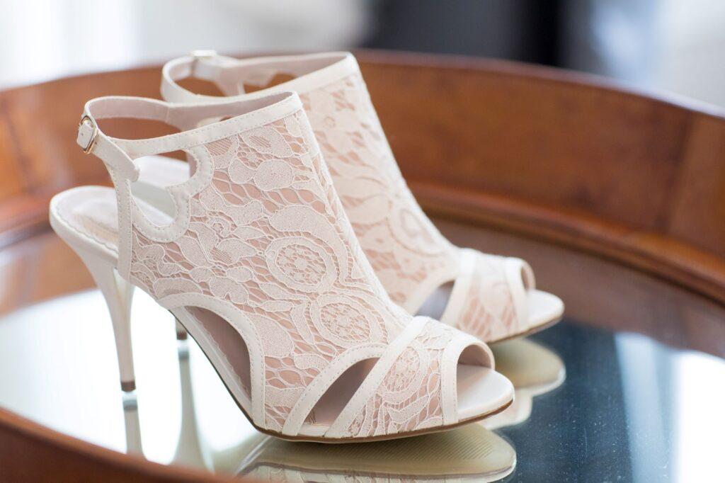 brides shoes bridal prep de vere beaumont hotel windsor oxfordshire wedding photographers