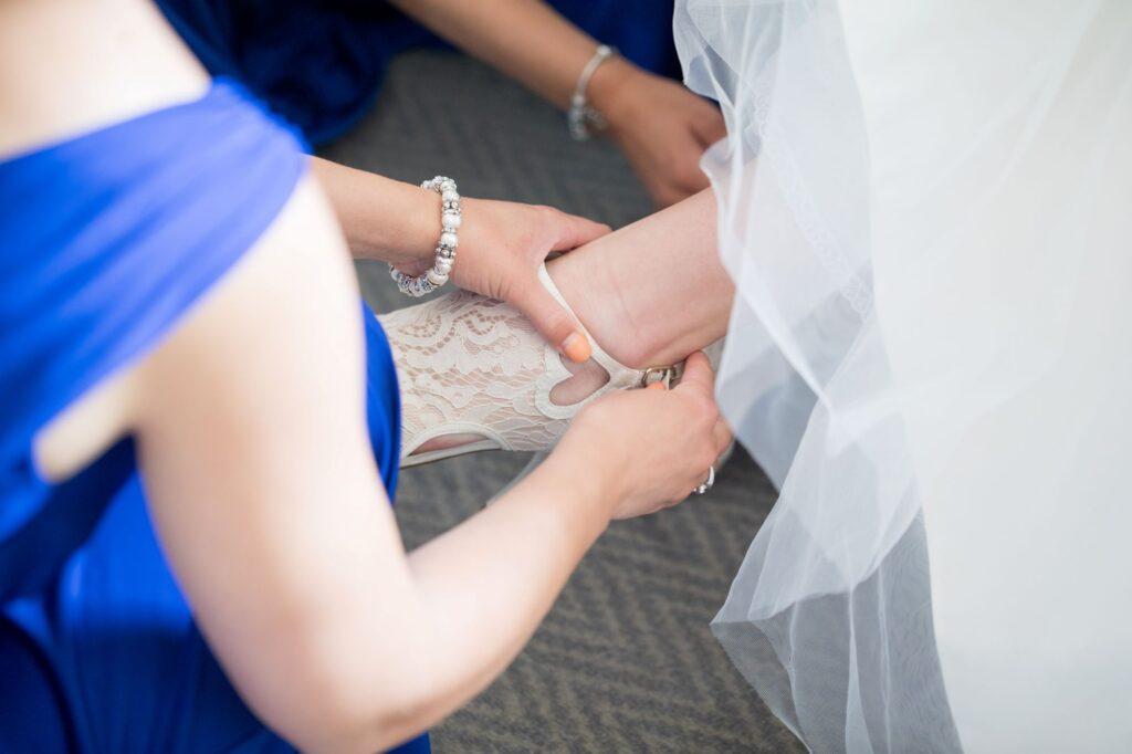 bridesmaids buckle brides shoes bridal prep de vere beaumont hotel windsor oxfordshire wedding photographer