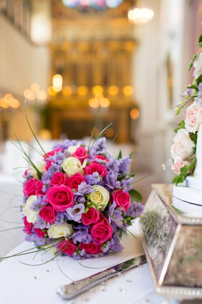 floral bouquet decorative cake de vere beaumont hotel windsor oxford wedding photographers