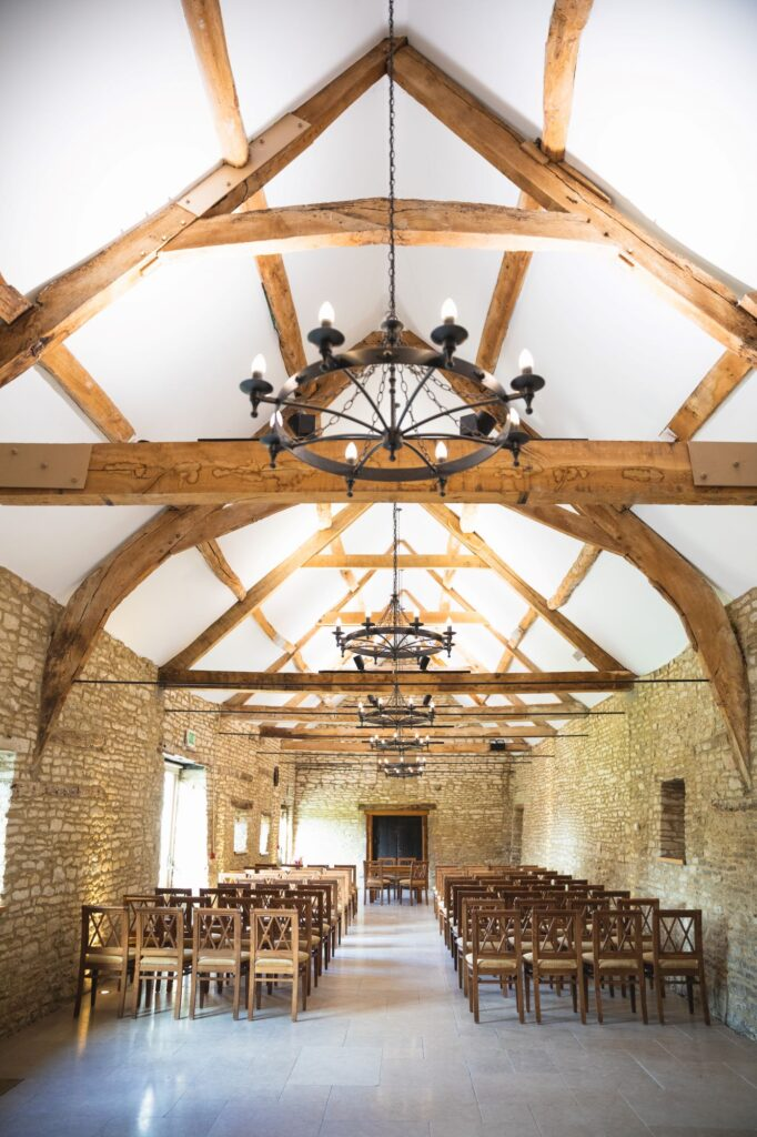 marriage ceremony hall caswell house venue oxfordshire wedding photographer