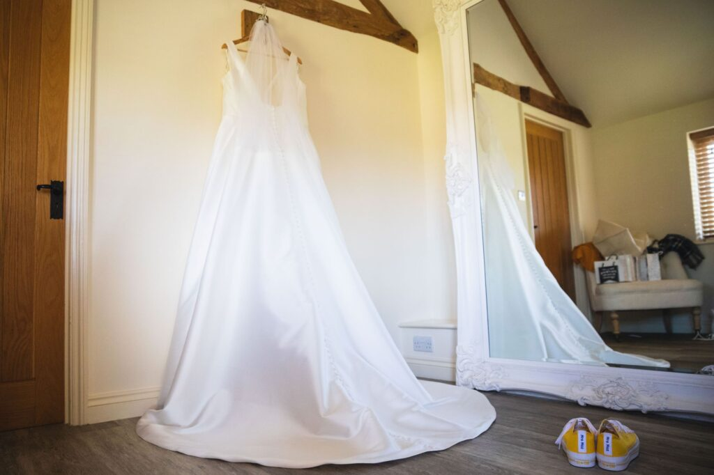 brides gown bridal prep caswell house venue oxford wedding photographers