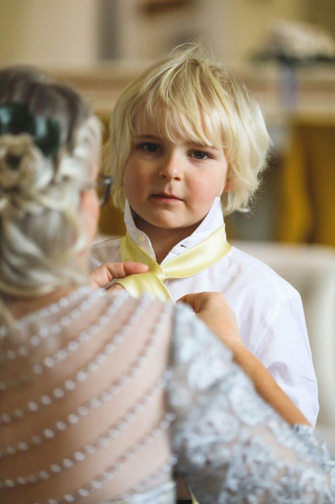 pageboy dresses bridal prep caswell house venue oxfordshire wedding photographer