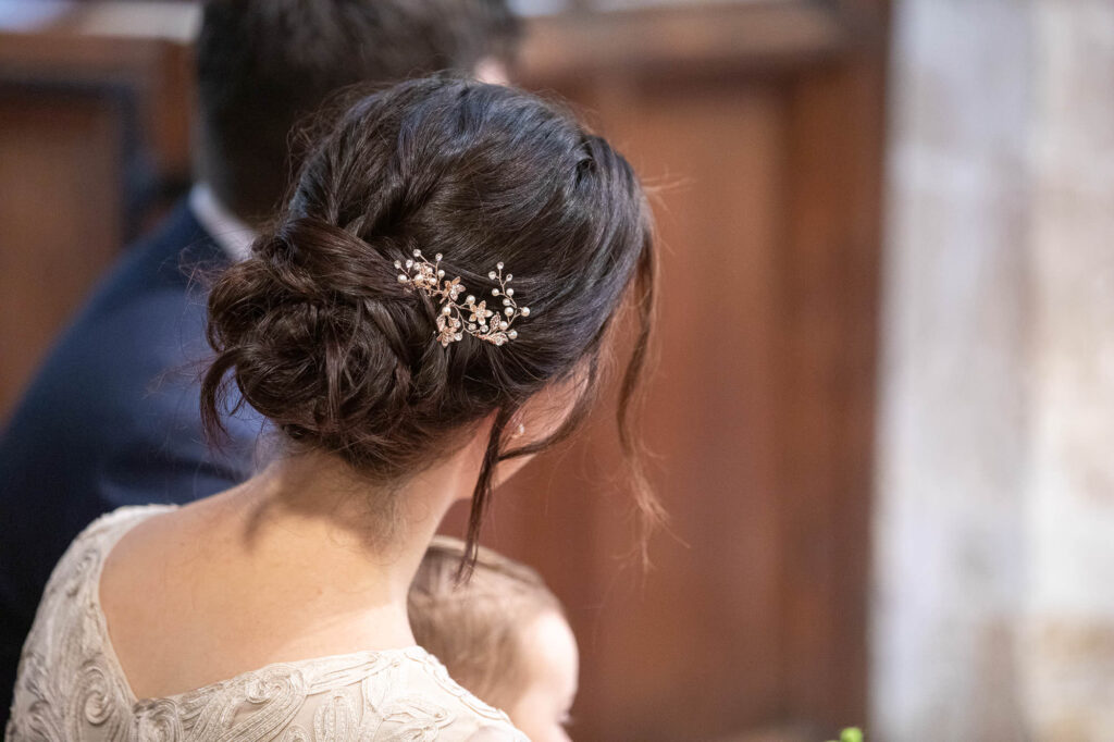 brides hair piece st nicholas church ceremony oxford wedding photography