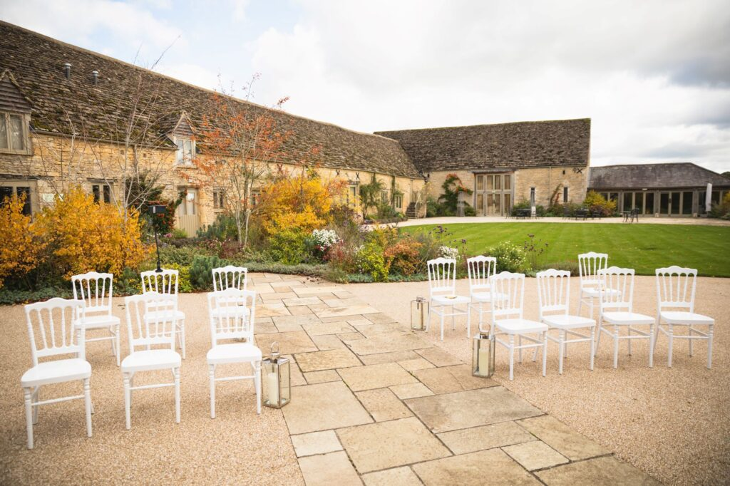 marriage ceremony garden area caswell house venue oxford wedding photographers
