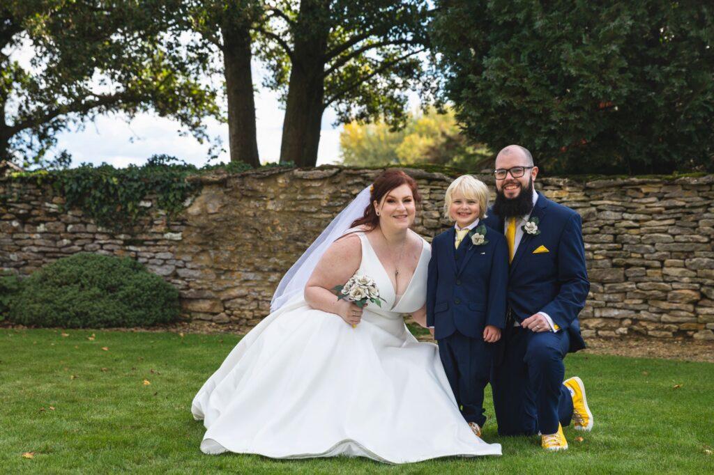 bride groom pageboy traditional portraiture oxfordshire wedding photographers