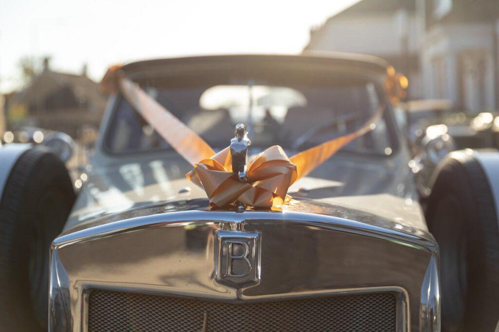beauford silver lady bonnet mascot classic bridal car bexleyheath marriage ceremony oxford wedding photographer
