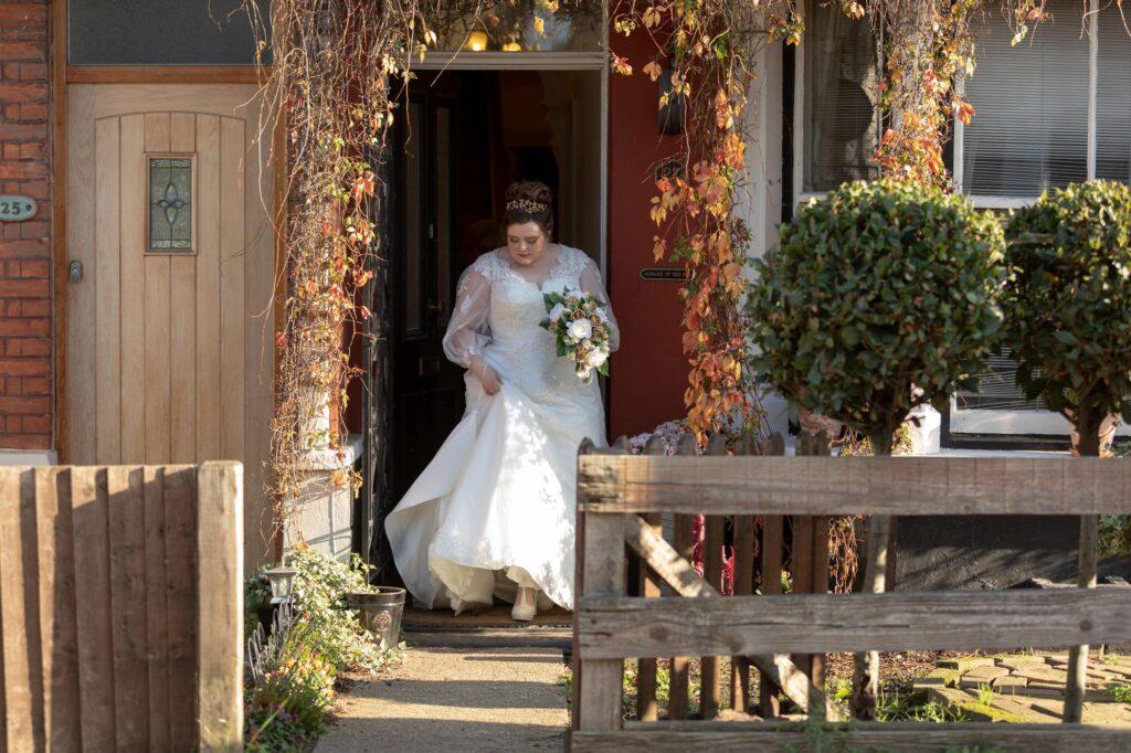 brides departs home danson park marriage ceremony bexleyheath oxfordshire wedding photographers