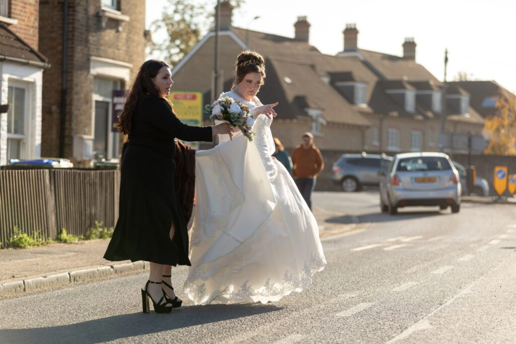 bride bridesmaid cross road danson park marriage ceremony bexleyheath oxfordshire wedding photographer