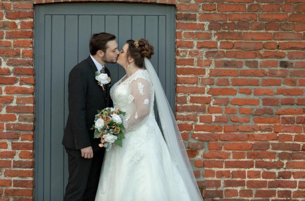 bride grooms romantic kiss danson park bexleyheath london oxfordshire wedding photographer
