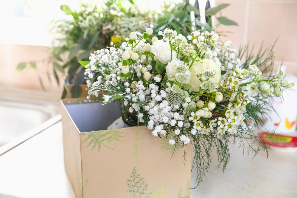 brides floral bouquet bridal prep rishworth sowerby bridge marriage oxford wedding photography