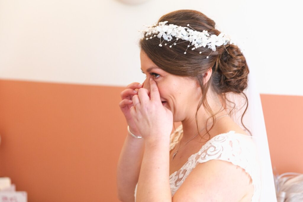 emotional bride reacts to fathers first wedding dress look sowerby bridge marriage oxfordshire wedding photographer