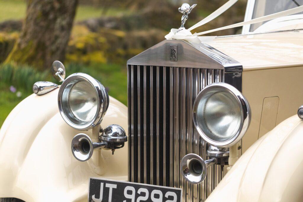 vintage bridal cars flying lady mascot west yorkshire wedding rishworth sowerby bridge oxfordshire wedding photographer