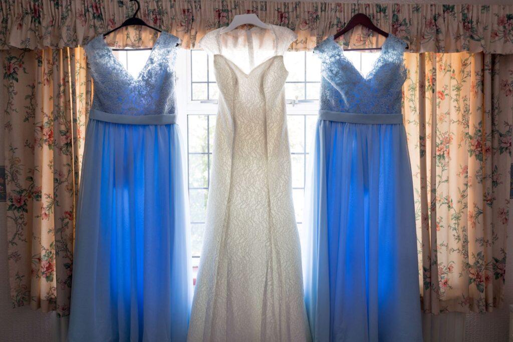 bride bridesmaids dresses oxford wedding photographer