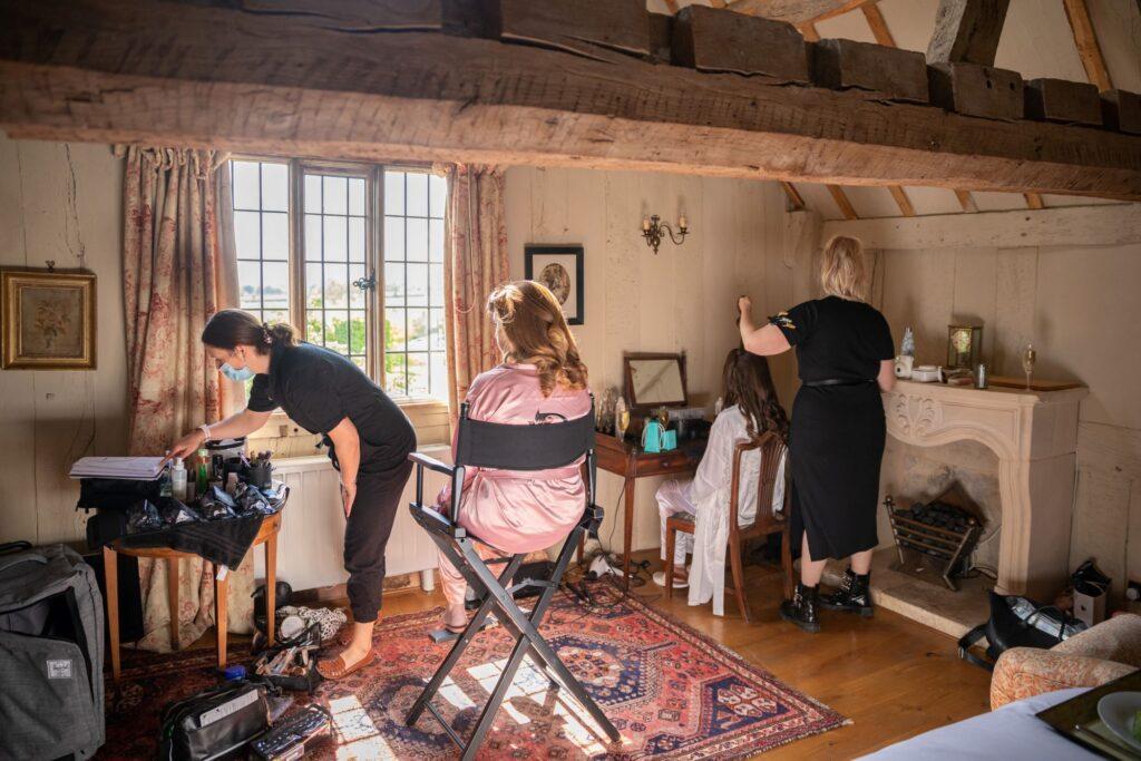 08 brides bridal prep pauntley court gloucester oxford wedding photographers