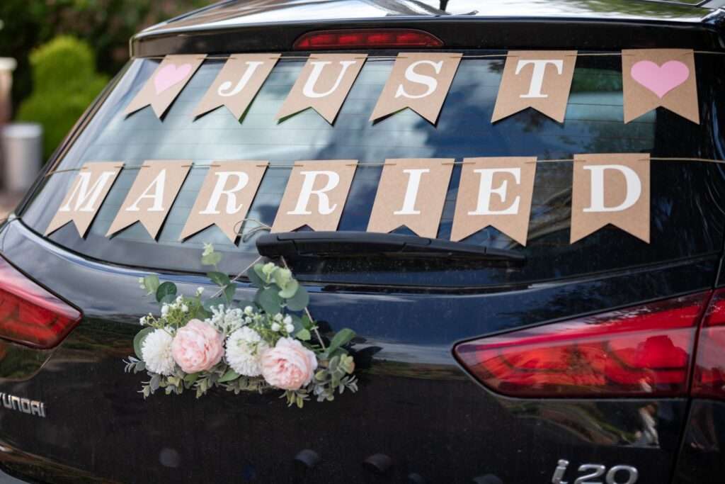 106 bridal car just married sign pauntley court gloucester oxford wedding photographer