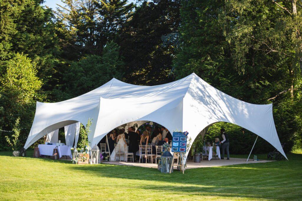 107 wedding reception garden marquee winkfield berkshire oxfordshire wedding photography