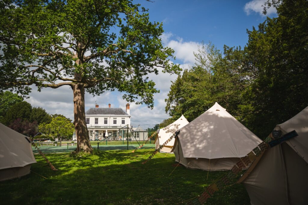 12 guest tents winkfield windsor private home wedding event oxfordshire wedding photography