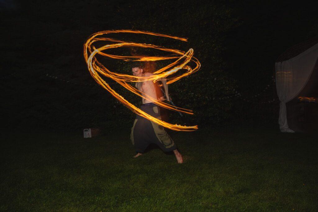 122 fire juggler entertainer wedding garden party winkfield berkshire oxford wedding photography