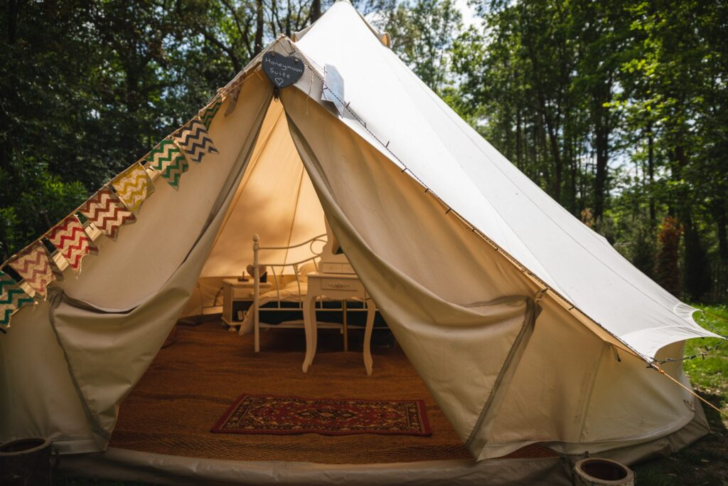 13 honeymoon tent winkfield windsor private home wedding event berkshire oxford wedding photographer