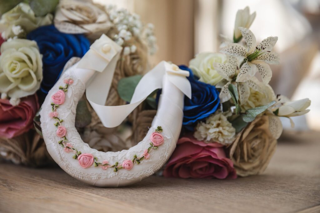 19 horseshoe decoration winkfield windsor private home wedding event oxfordshire wedding photographer