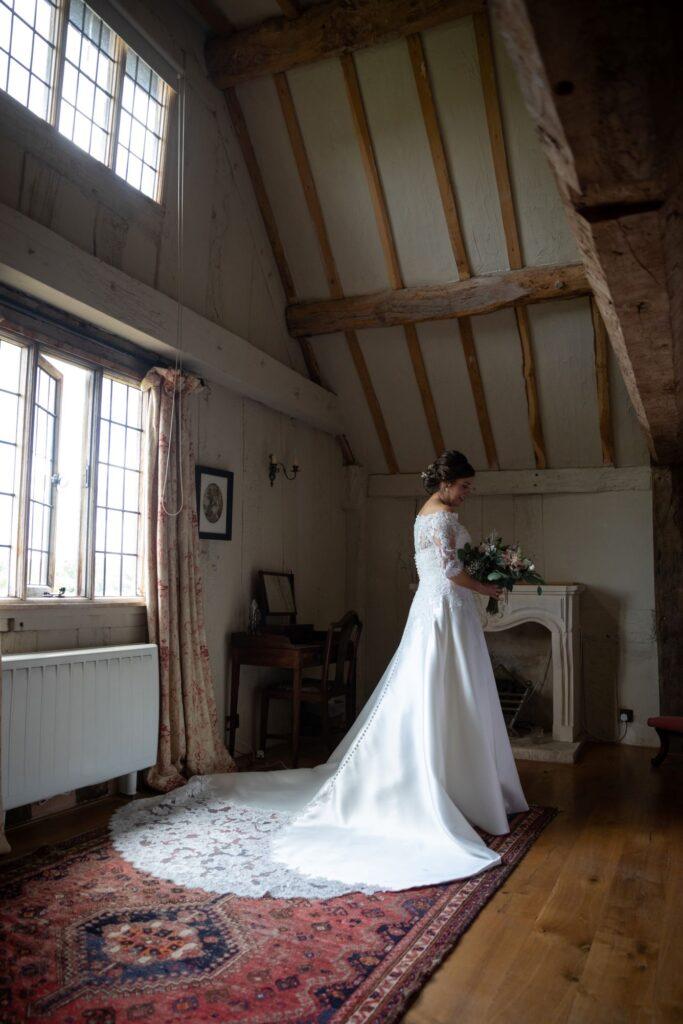 31 brides dress portrait bridal prep pauntley court gloucester oxford wedding photographer