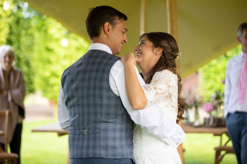 97 bride groom first dance pauntley court reception gloucester oxford wedding photographer